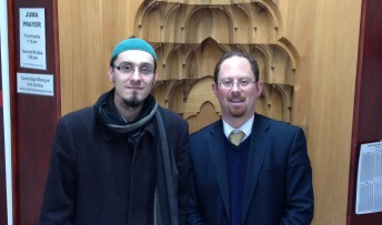 Julian_and_the_Imam_at_the_cambridge_mosque