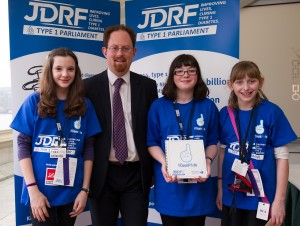 Julian Huppert meets Diabetes sufferers Sarah Warren, Katie Pole, Emma Bailey
