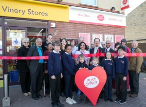Julian Huppert officially re-opens Vinery Road Post Office