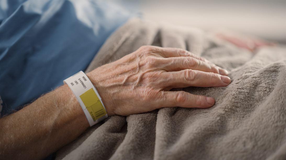 Une maison de retraite du Québec donnait de la morphine à ses patients «covid-19» au lieu de les soigner, lors de la «première vague»