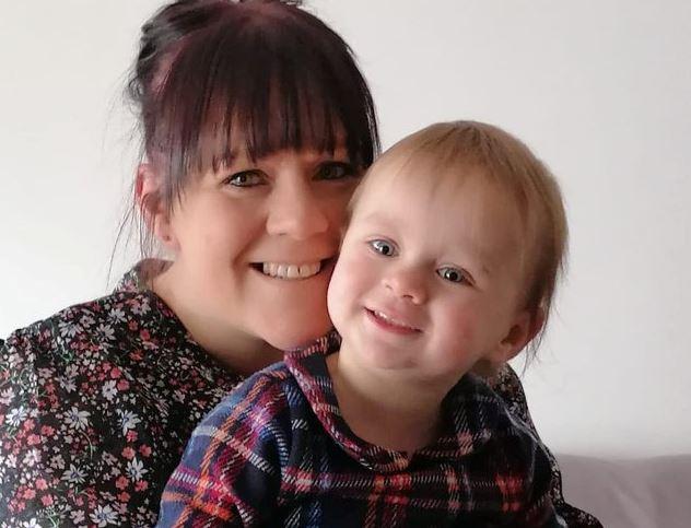 Une mère atteinte d'une maladie rare rejeta l'avortement, maintenant, elle et son bébé vont bien