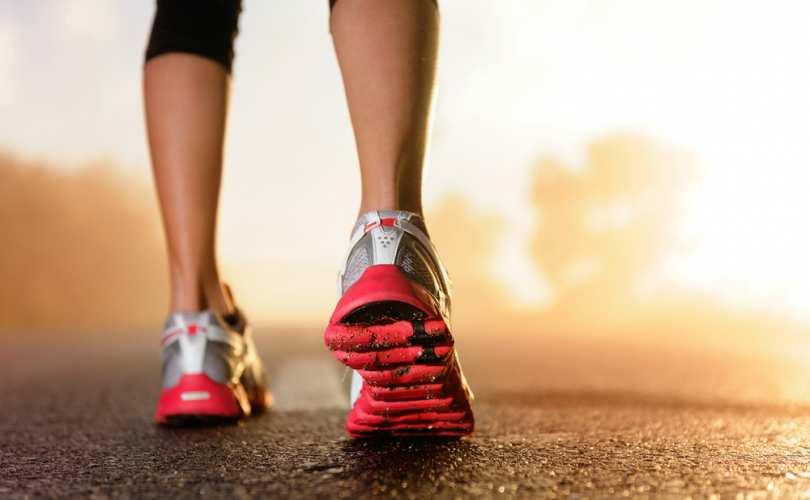 woman_running_shoes_810_500_55_s_c1.jpg