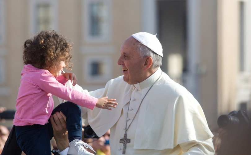 Pope_Francis_child_810_500_55_s_c1.jpg