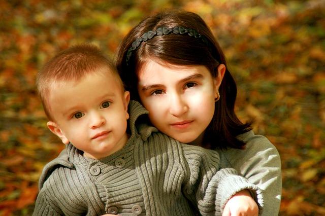 sister-1001855_640.jpg