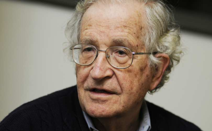Noam_Chomsky_810_500_55_s_c1.jpg