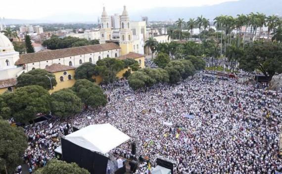 Colombie-manifestations-contre-theorie-genre-ecole-e1471014610942-v2.jpg