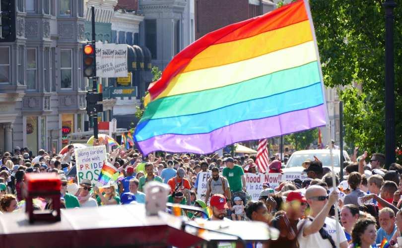 parade-gaie.jpg