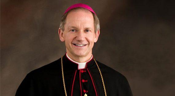 Mgr-Paprocki-Illinois-denonce-lobby-LGBT-Eglise.jpg