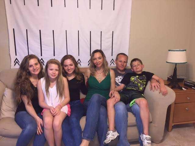 Claudia_family.jpg