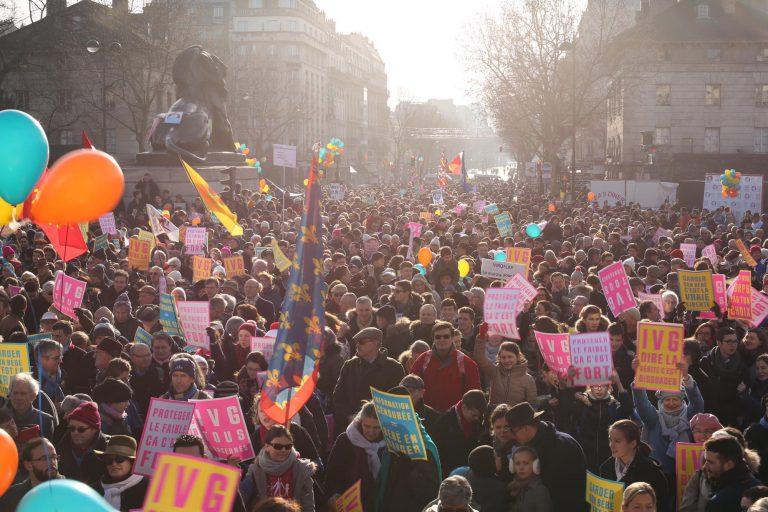 Marche_pour_la_vie_France_Paris_2017-2.jpg
