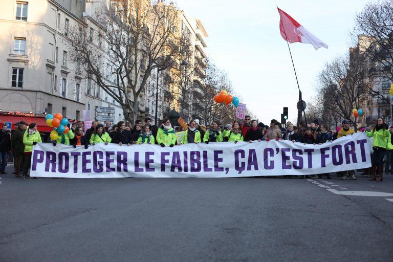 Marche_pour_la_vie_France_Paris_2017-4.jpg