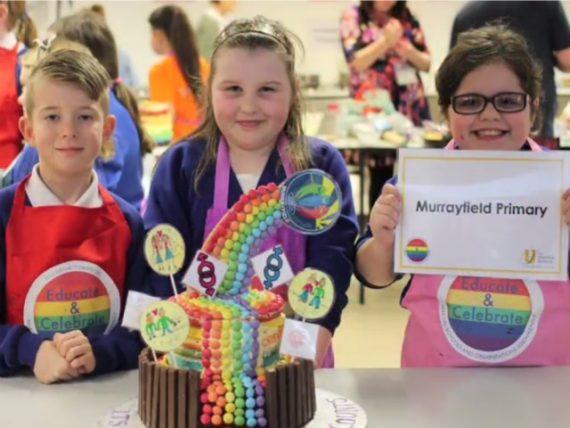 Questions-transgenres-droits-LGBT-ecoles-primaires-education-sexuelle-Royaume-Uni.jpg
