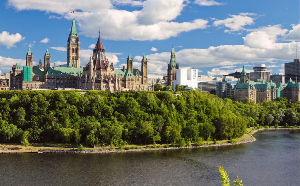 Parlement_du_Canada-9-A.JPG