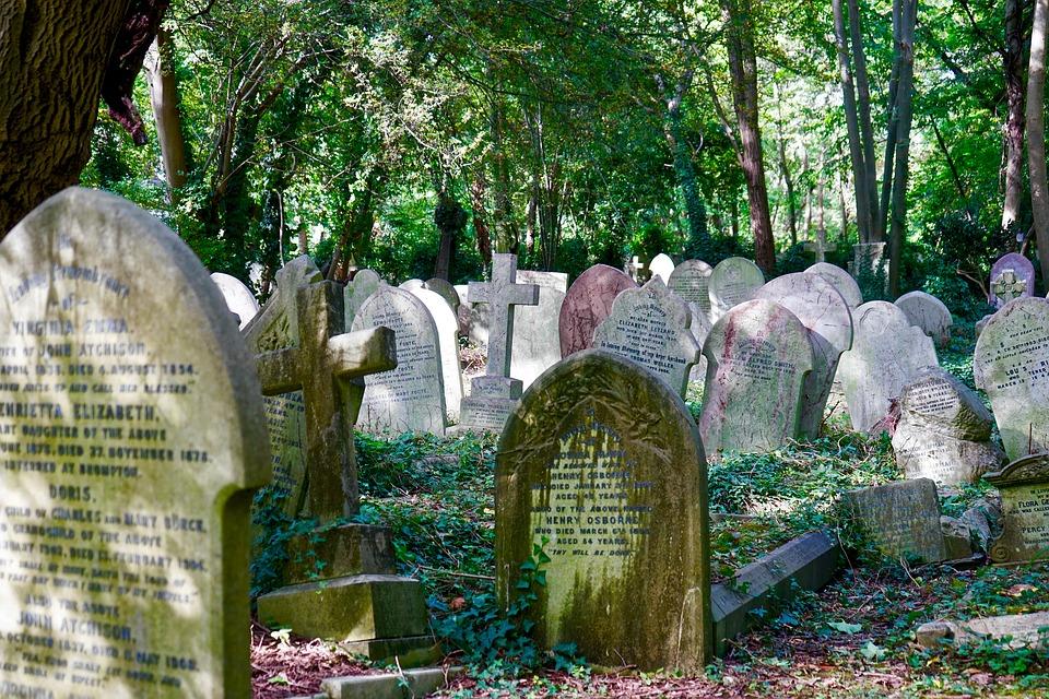 cimetiere-pierre-tombale-tombeau-3.jpg
