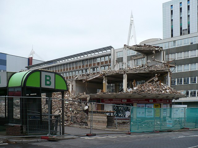 Demolition_of_Cardiff_Bus_Station.jpg