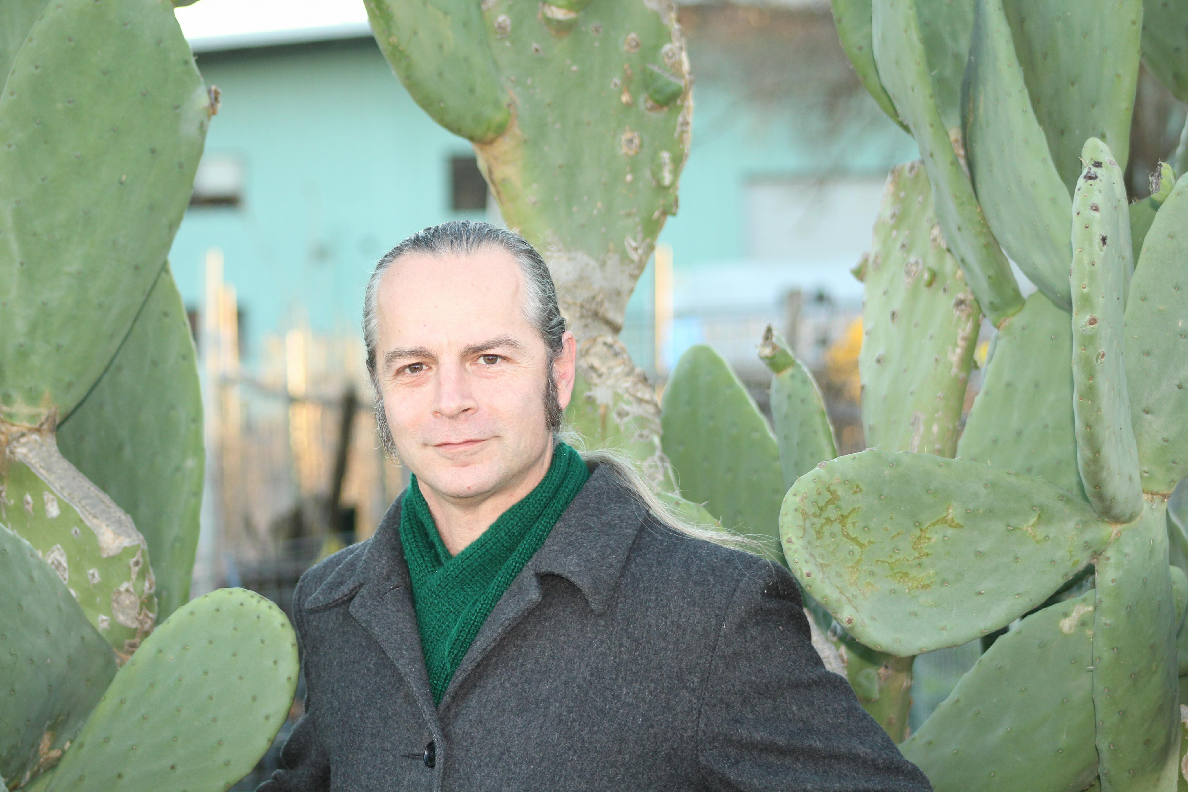 josh_cactus.jpg