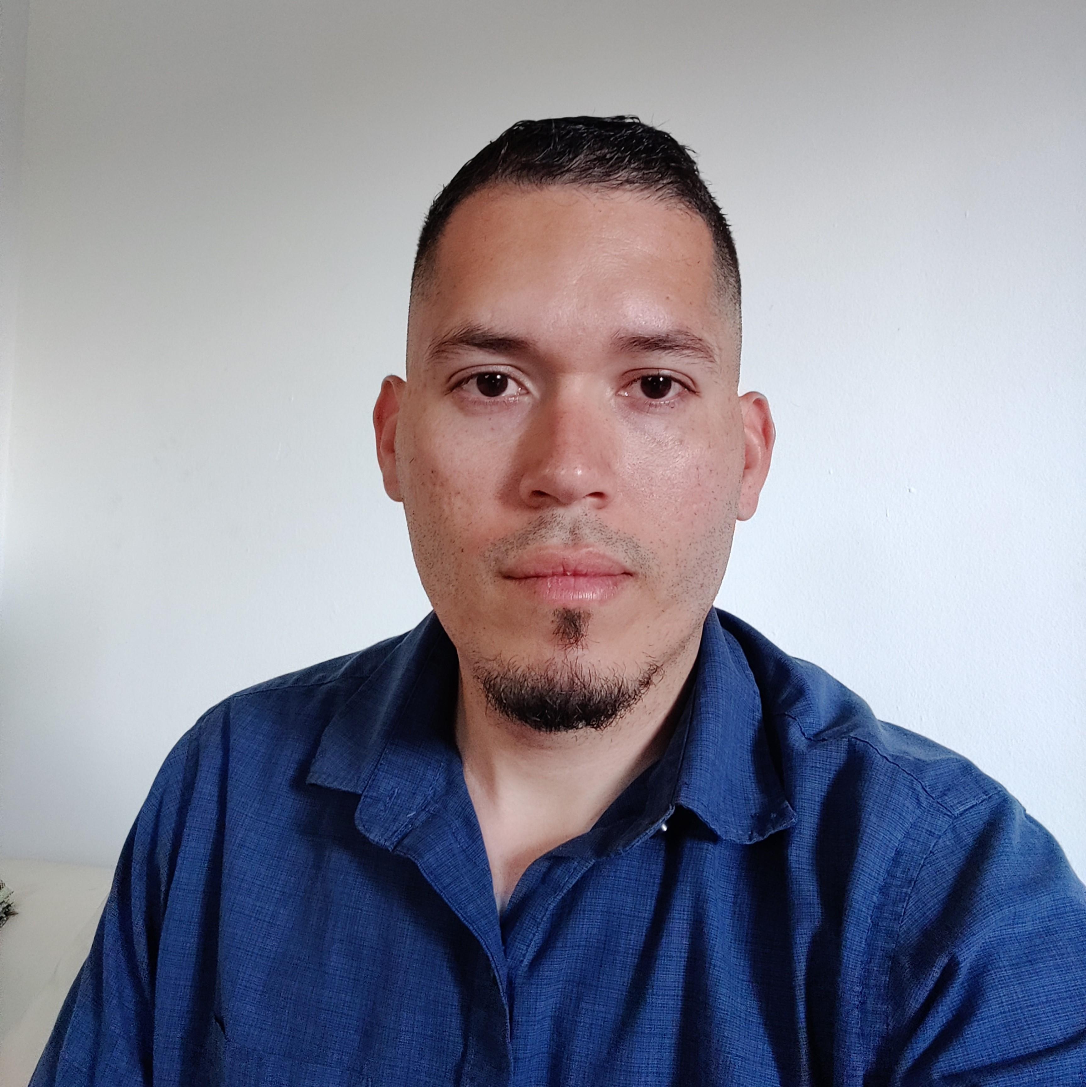 Julio Calderon image