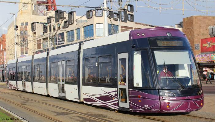 Blackpool_tram.jpg