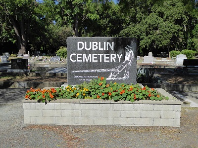 Dublin_Cemetery_16.jpg