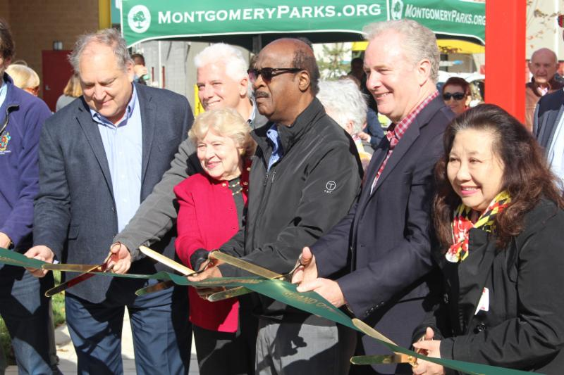Neal_Potter_Plaza_Ribbon_Cutting_reduced.jpg