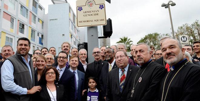 rsz_armenian_genocide_memorial_marker_unveiling_660_334.jpg