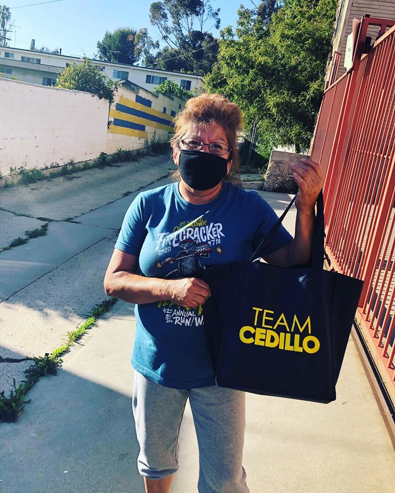 Solano Canyon Residents received masks from Team Cedillo 4-23-2020 #1