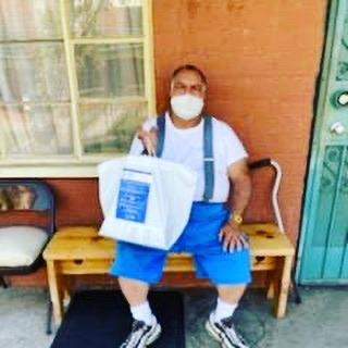 William Mead Homes served Homegirl Café meals to seniors 4-28-2020 #2