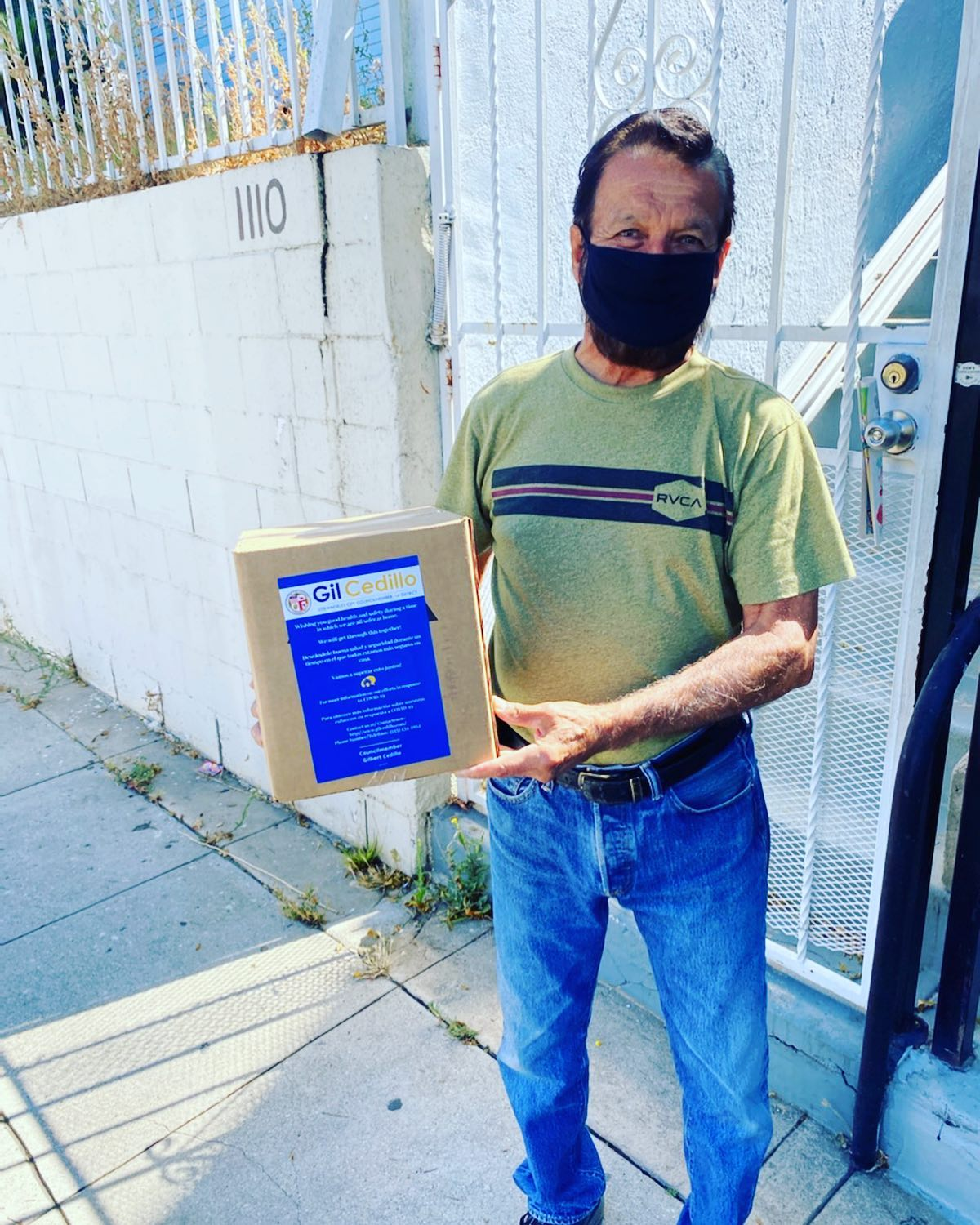 Team Cedillo distributed hand sanitizer to New Hampshire Avenue neighbors in Koreatown 8-12-2020