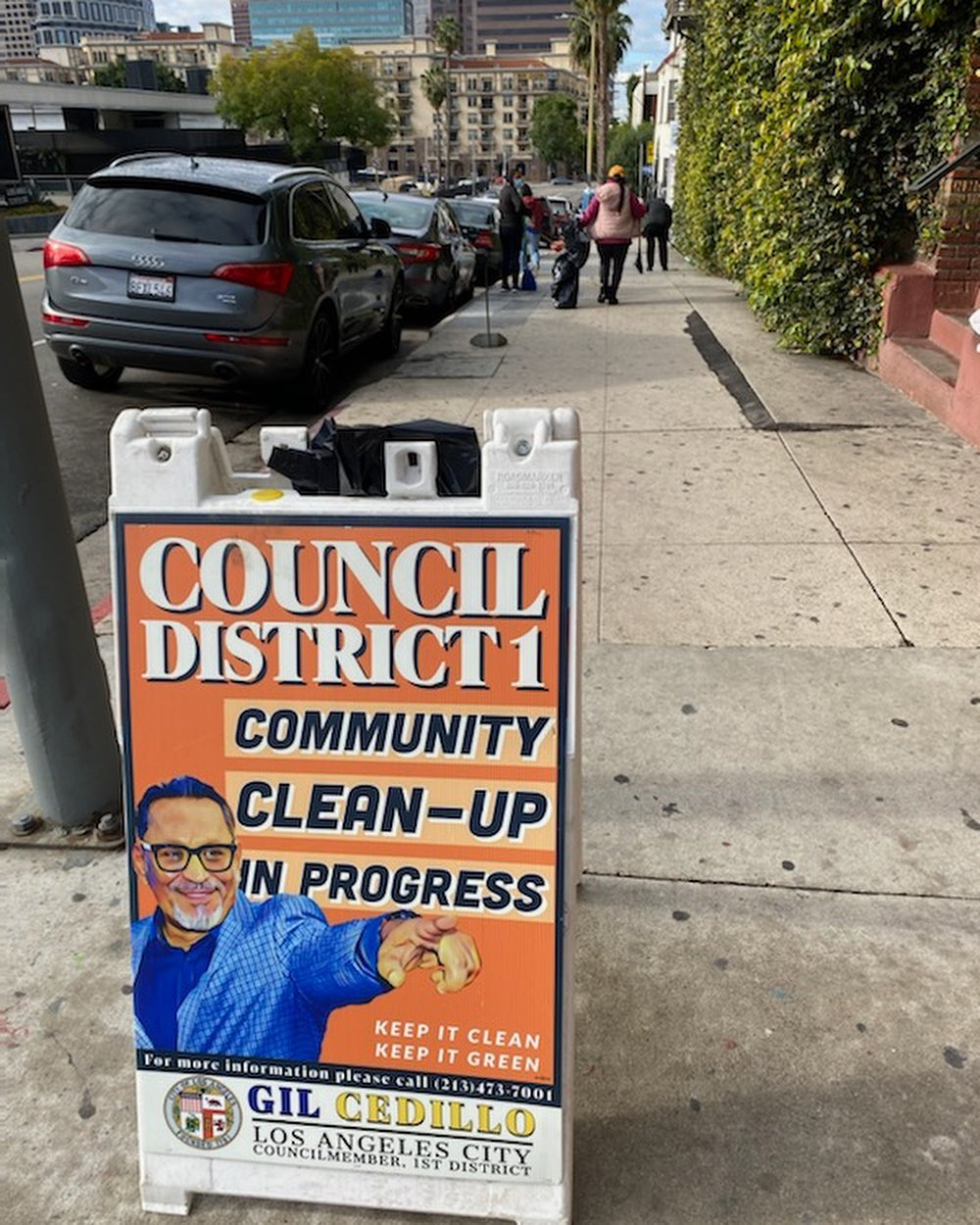 Councilmember Gil Cedillo's community clean up in progress at the corner of Bixel St and Maryland St in Westlake 3-11-2021