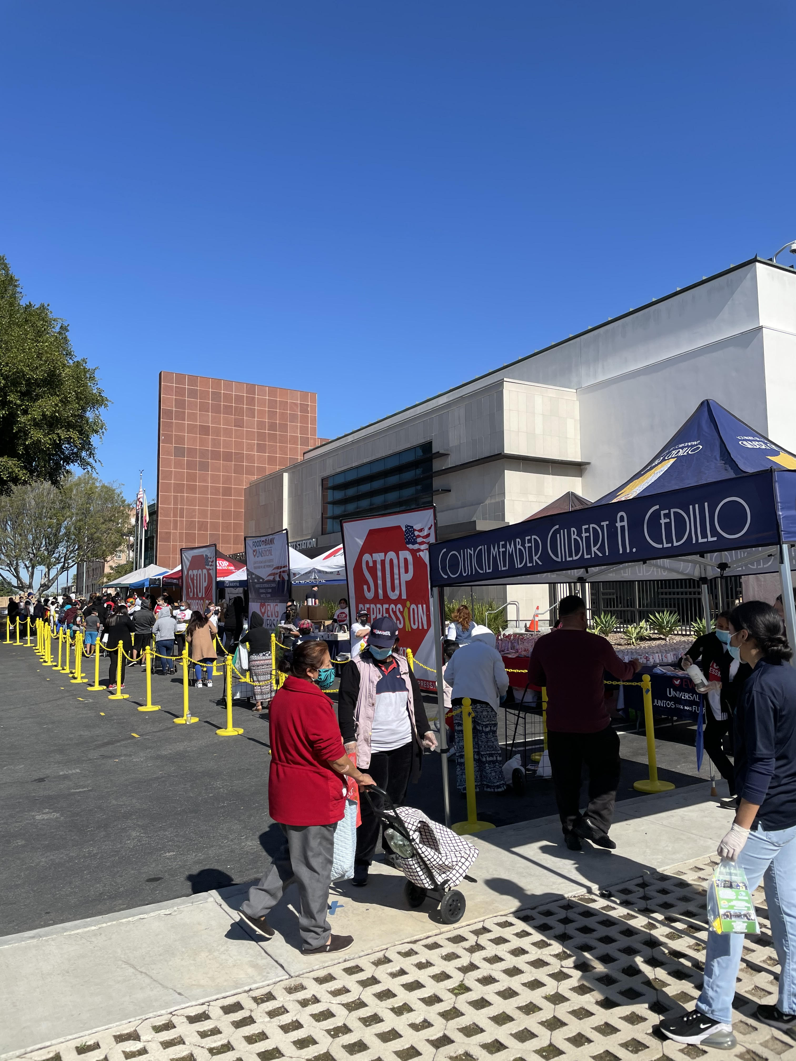 Team Cedillo joined Universal Church and LAPD Rampart in a food and PPE distribution 3-27-21 Photo 1