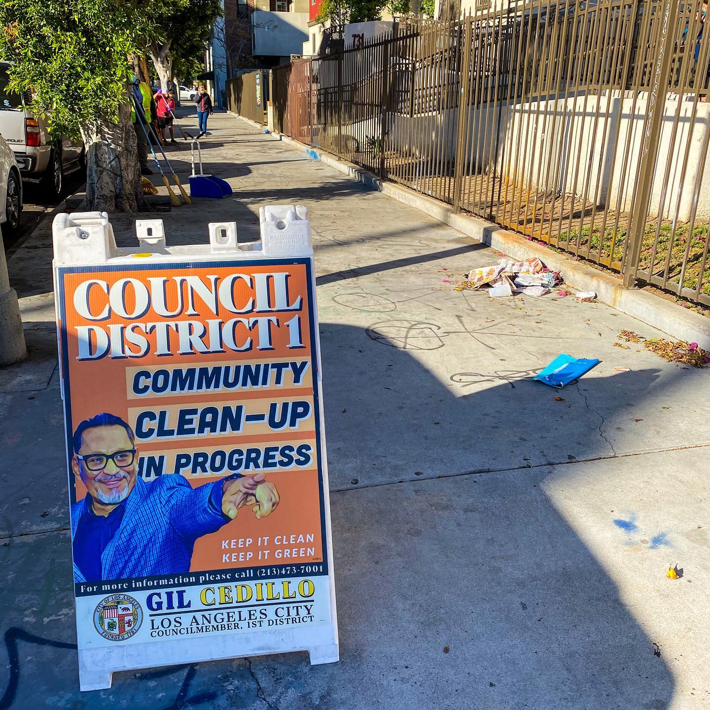 CD1 Community Clean up at the Corner of Beacon St and 8th St in Westlake 4-28-2021 #1