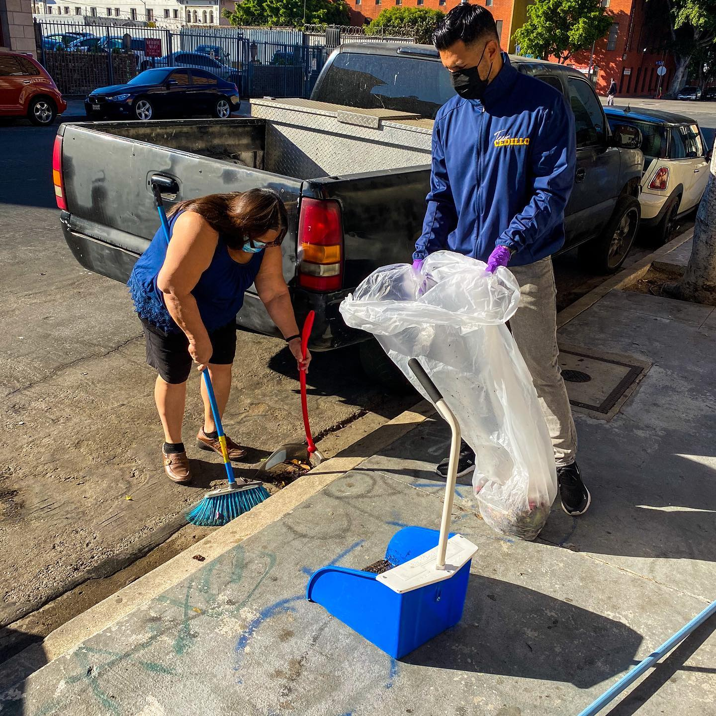 CD1 Community Clean up at the Corner of Beacon St and 8th St in Westlake 4-28-2021 #2