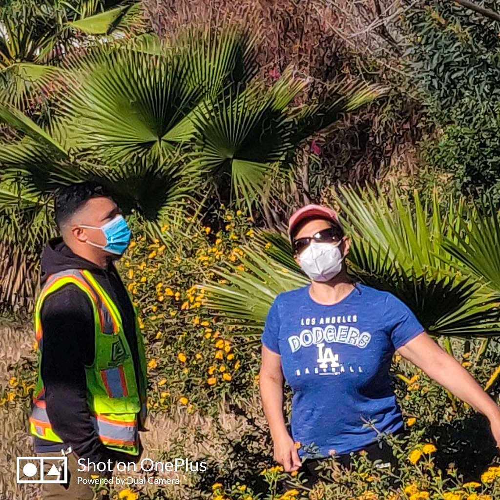 Team Cedillo cleans up Glassell Park with Moss Ave residents and KYCC 4-29-2021 #2