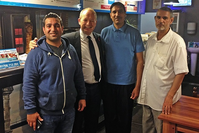 Simon Danczuk backs local kebab shop for top award