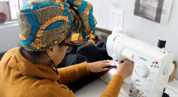 https://centropr.hunter.cuny.edu/centrovoices/chronicles/puerto-rican-designer-promotes-female-empowerment-african-headwraps