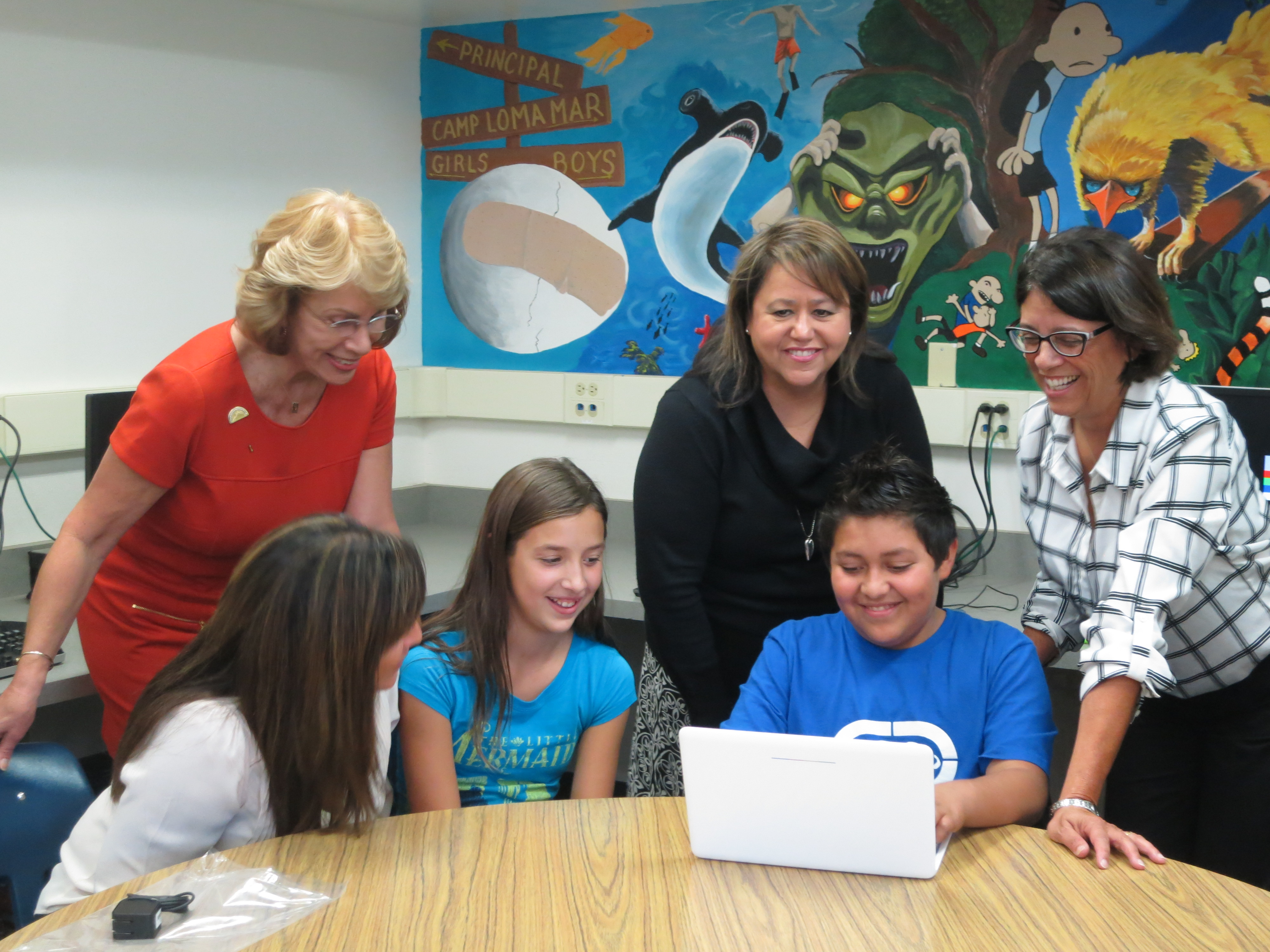 141022_Winters_Middle_School_Chromebooks13.jpg