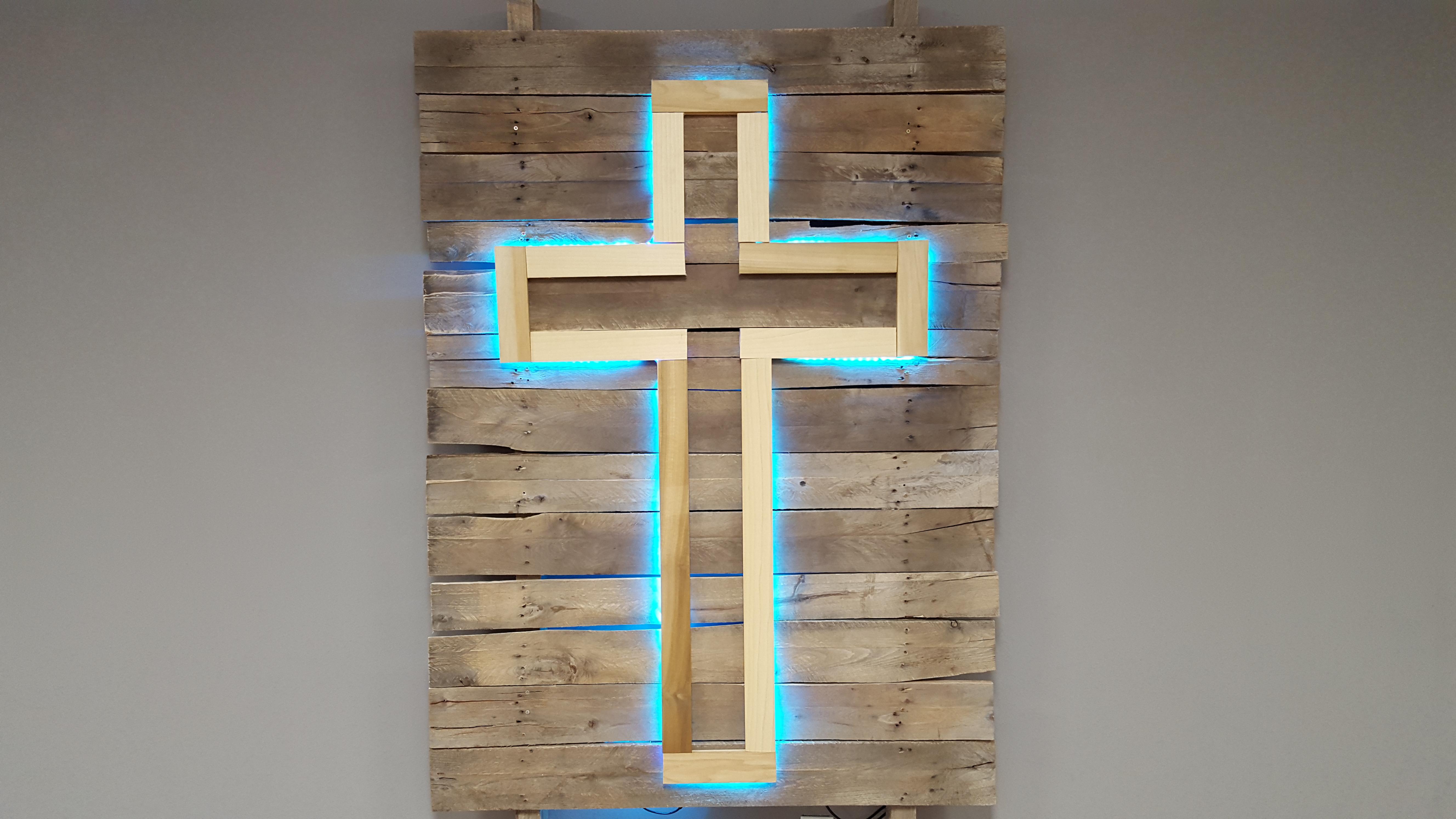 Glow_Cross2.jpg