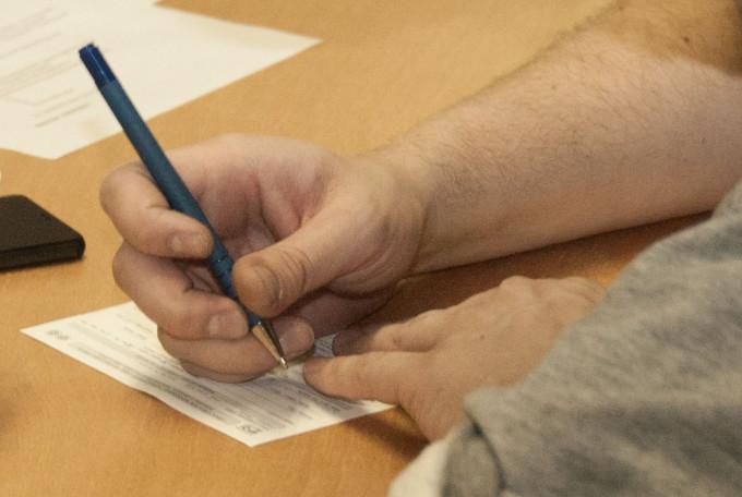 sign-a-union-card