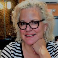 Profile picture for Halli Villegas