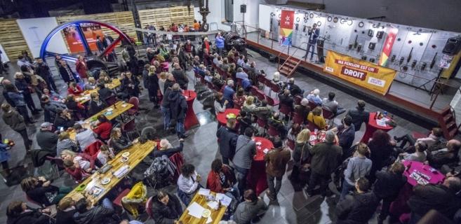 Le PTB Charleroi a consulté près de 1200 Carolos pour établir ses priorités. Il continuera à se battre, depuis les bancs de l'opposition et en mobilisant les gens, pour son projet social. (Photo Solidaire, Salim Hellalet)
