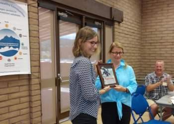 CHC_give_Karen_the_Collaboration_Award.jpg