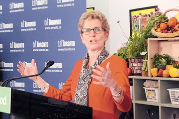 Kathleen_Wynne___Make_it_Local.jpg