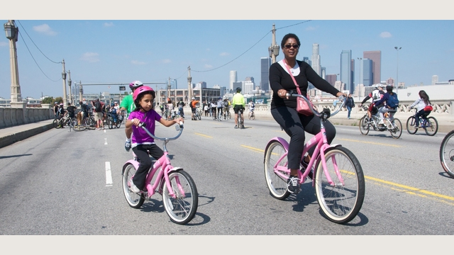 pink-bikes-4th-6245.jpg