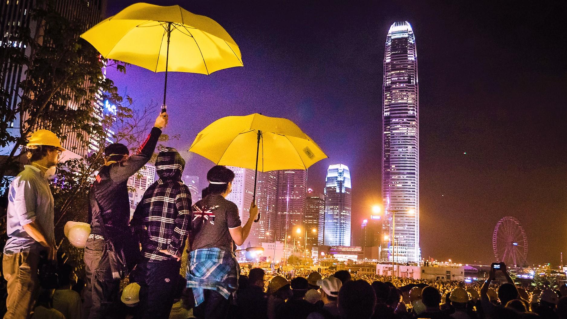 Umbrella_Revolution_Studio_Incendo.jpg
