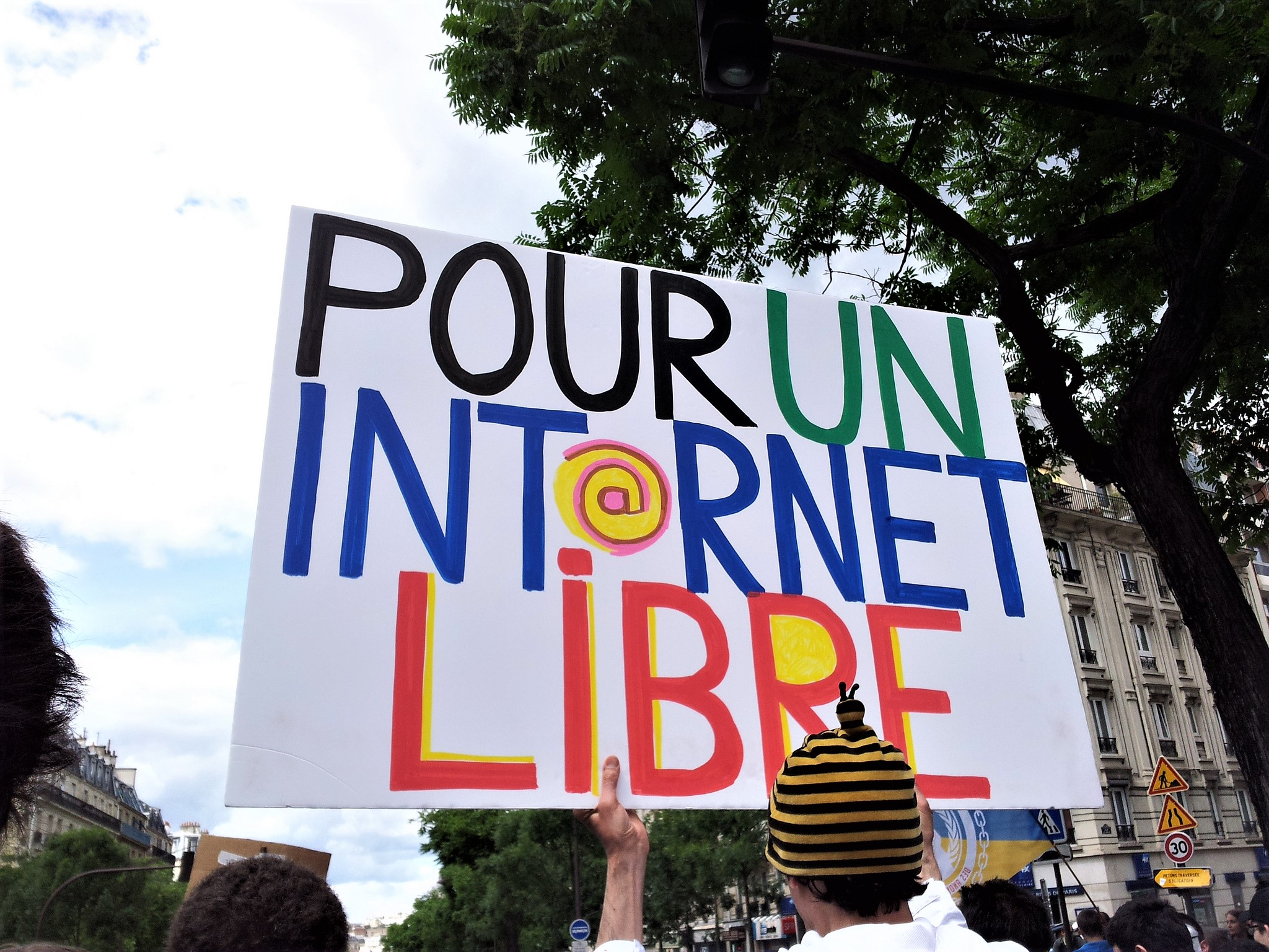 Pour_un_Internet_Libre_g4ll4is.jpg
