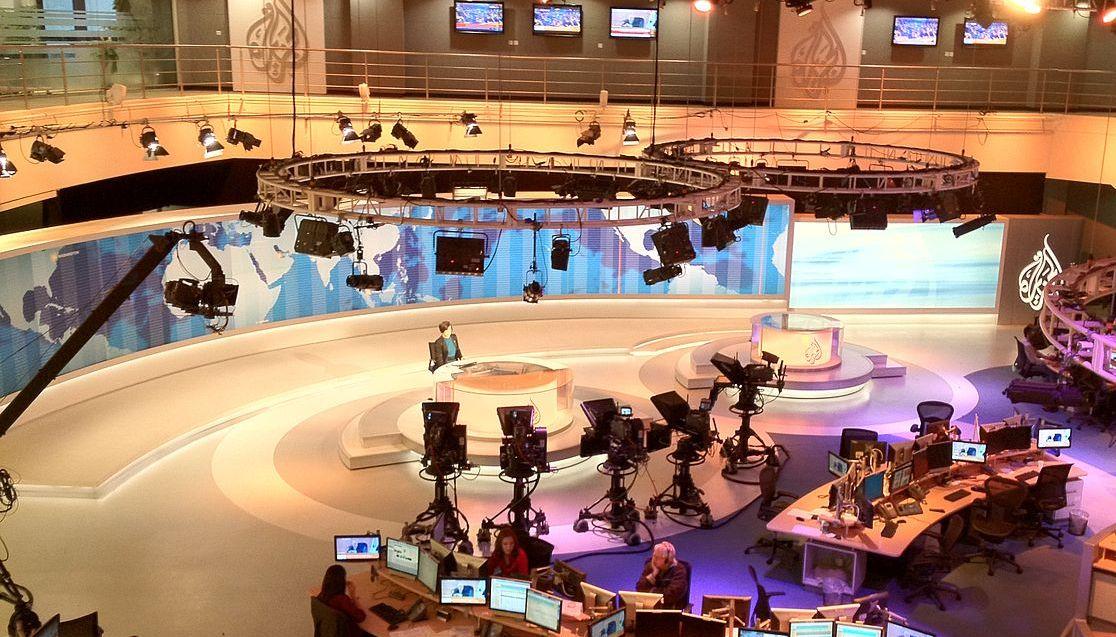 1280px-Al_Jazeera_English_Newsdesk.jpg