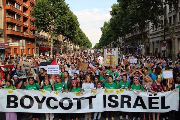 Boycott01.jpg