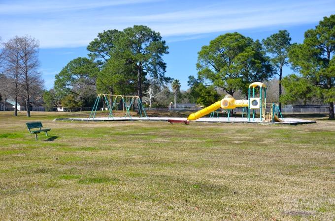 Royalpark_Oakbrook_Slide.jpg