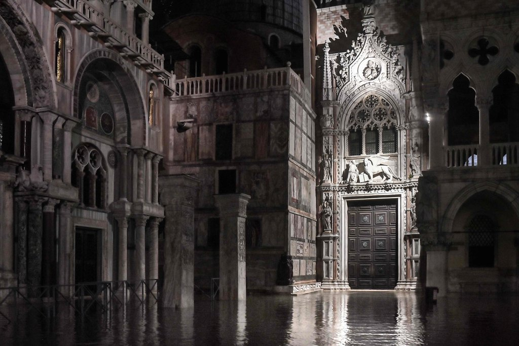 St._Mark's_Basilica.jpg