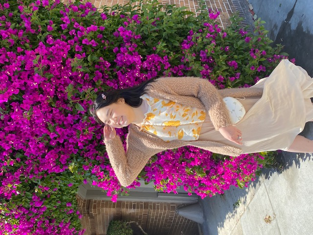 Nicole_outside.jpg